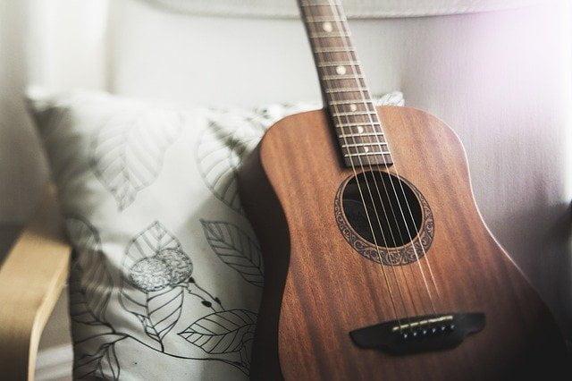 Guitarra acústica o western