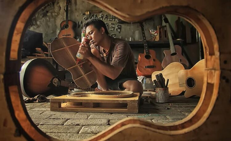 Construcción de la guitarra