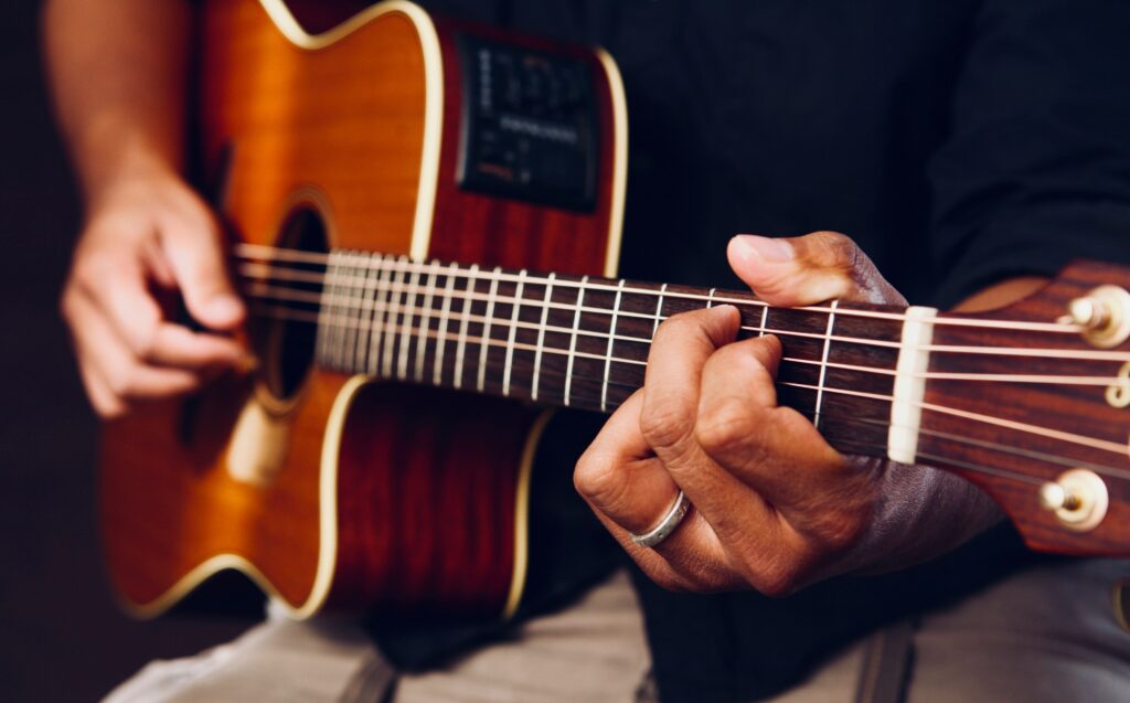 Practicar guitarra